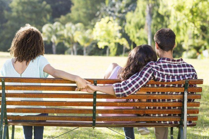 Απιστία: Τι οδηγεί τους άντρες σε αυτή